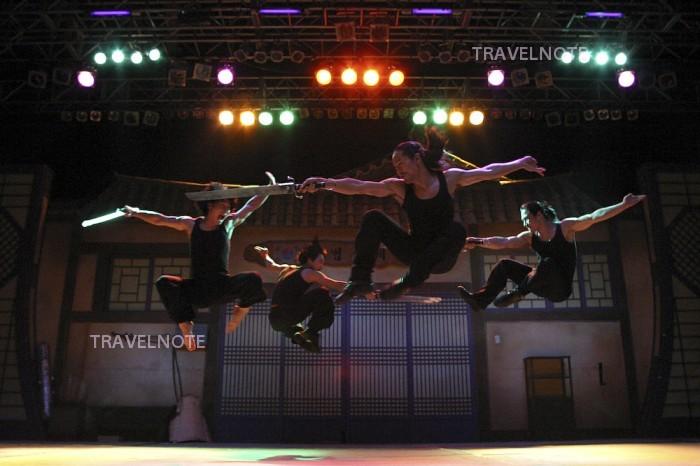 Jump (ジャンプ)