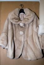 日本人に人気のデザインで作ったコート