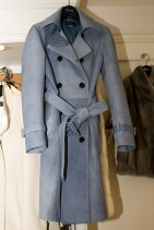 牛皮のコート