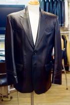 クロコダイル風の革ジャケット