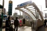 地下鉄4號線明洞駅⑧番出口を出て、50M くらい