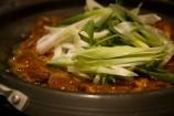 鉄板で焼いて食べる美味しい豚肉炒め