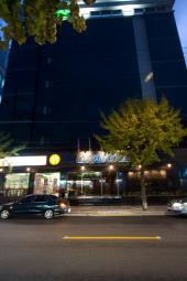 バリ観光ホテル