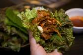 野菜で巻いて食べる豚プルコギ