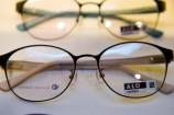 キュートで上品な眼鏡