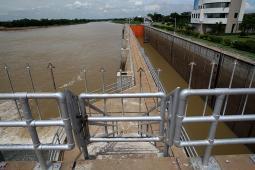 チャオプラヤ・ダム