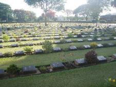 合軍共同墓地