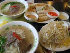 Hoa Binh 市庁店