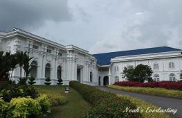 ロイヤル・アブ・バカール博物館