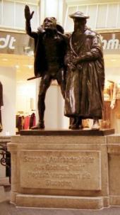 ファウストとメフィストフェレス像
