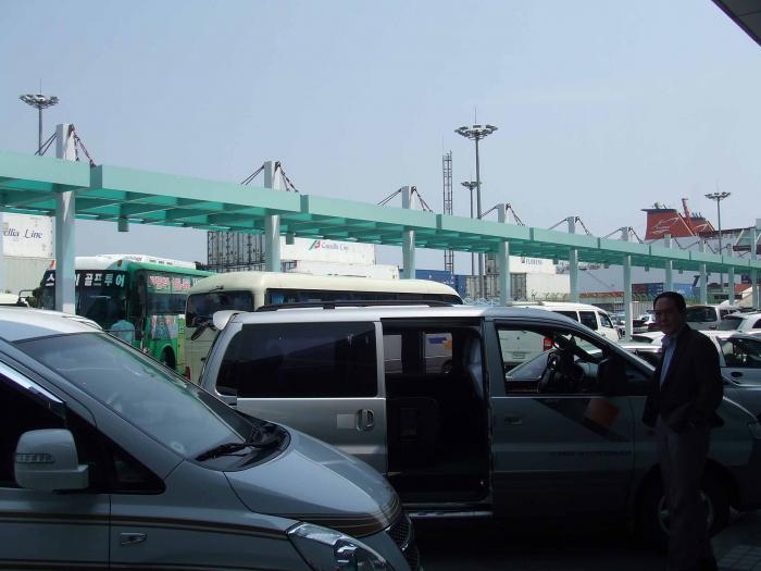 釜山港ターミナル前