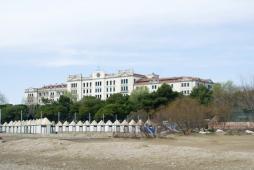 ホテル・デ・バン