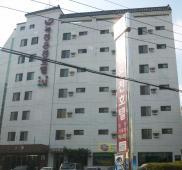 鹿泉ホテル
