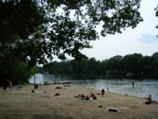 テーゲル湖