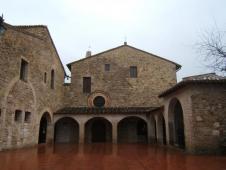 サン・ダミアーノ修道院