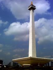 モナス(独立記念塔)