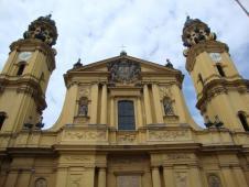 テアティーナ教会