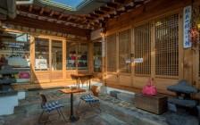 韓屋の構造の特徴である中庭。