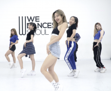 【弘大】We Dance Studio K-POP Dance Class